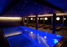 лампы в бассейн из стали